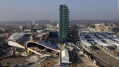 Cobouw, publicaties van 19 jaar bouw aan het stationsgebied Arnhem