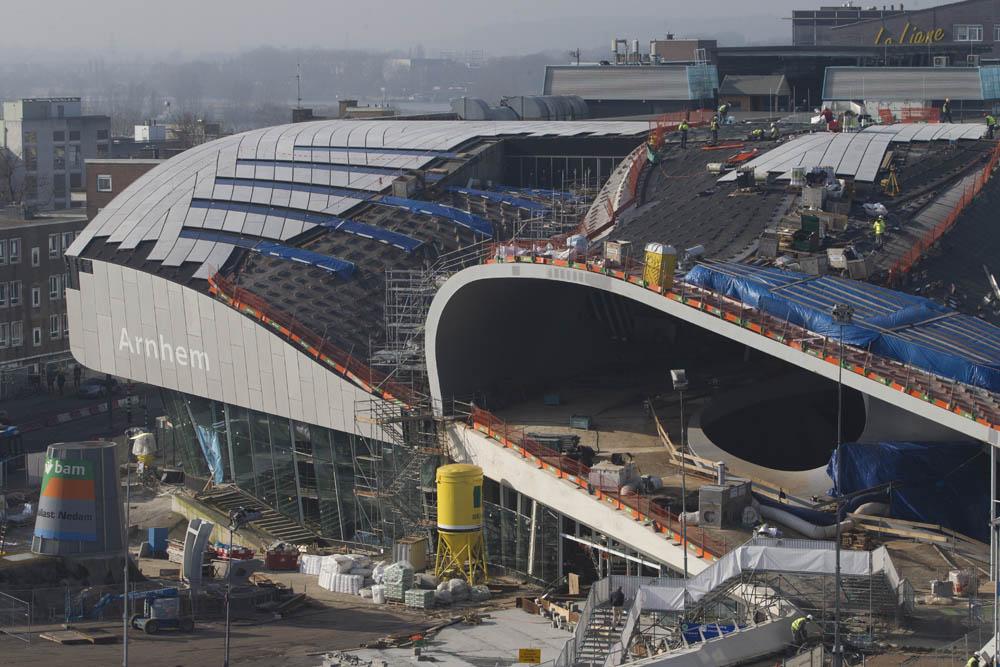 16-02-2015 - Arnhem - Foto Ruben Meijerink BAM werkt aan de bouw van het nieuwe station centraal in Arnhem.